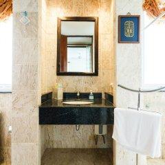 Отель Baan Kaja Villa by Lofty Таиланд, Камала Бич - отзывы, цены и фото номеров - забронировать отель Baan Kaja Villa by Lofty онлайн ванная фото 2