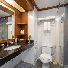 Отель Best Western Premier Bangtao Beach Resort & Spa ванная