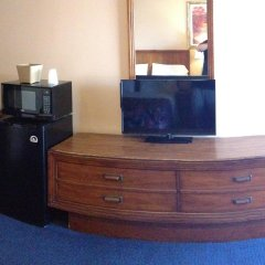 Отель Moonlite Motel США, Ниагара-Фолс - отзывы, цены и фото номеров - забронировать отель Moonlite Motel онлайн удобства в номере