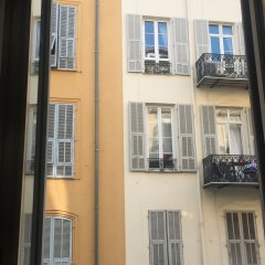 Отель Stay in the heart of Nice Ницца балкон