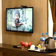 Отель The Milestone Hotel Непал, Катманду - отзывы, цены и фото номеров - забронировать отель The Milestone Hotel онлайн гостиничный бар