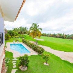 Отель Everything Punta Cana - Golf and Pool Доминикана, Пунта Кана - отзывы, цены и фото номеров - забронировать отель Everything Punta Cana - Golf and Pool онлайн балкон