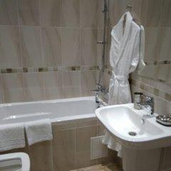 Гостиница Eco Apart Hotel Astana Казахстан, Нур-Султан - отзывы, цены и фото номеров - забронировать гостиницу Eco Apart Hotel Astana онлайн ванная