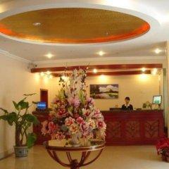 GreenTree Inn Chengdu Kuanzhai Alley RenMin Park Hotel интерьер отеля
