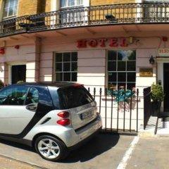 Ventures Hotel парковка