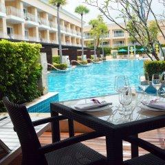 Отель Millennium Resort Patong Phuket Пхукет балкон