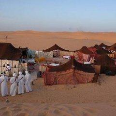 Отель Camels House Марокко, Мерзуга - отзывы, цены и фото номеров - забронировать отель Camels House онлайн помещение для мероприятий