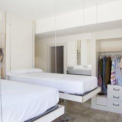 Отель Funway Academic Resort - Adults Only сейф в номере