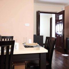 Отель Retreat Serviced Apartment Непал, Катманду - отзывы, цены и фото номеров - забронировать отель Retreat Serviced Apartment онлайн удобства в номере