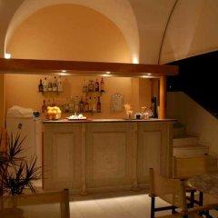 Santellini Hotel гостиничный бар