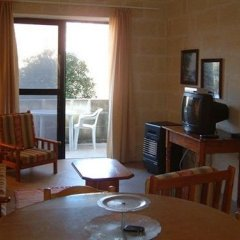 Отель Odysseus Court Gozo Мальта, Мунксар - отзывы, цены и фото номеров - забронировать отель Odysseus Court Gozo онлайн комната для гостей фото 5