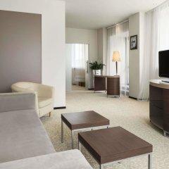 Гостиница Рамада Екатеринбург (Ramada Yekaterinburg) комната для гостей фото 3