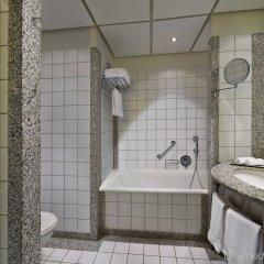 Отель Hilton Munich Airport ванная фото 2