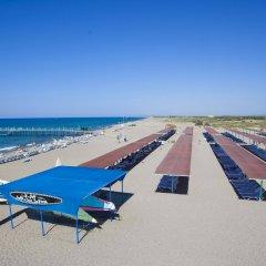 Отель Euphoria Palm Beach Resort пляж