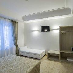 Artemisia Palace Hotel сейф в номере