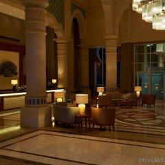 Отель Crowne Plaza Jordan Dead Sea Resort & Spa Иордания, Сваймех - отзывы, цены и фото номеров - забронировать отель Crowne Plaza Jordan Dead Sea Resort & Spa онлайн интерьер отеля