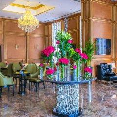 Strato Hotel by Warwick интерьер отеля фото 3