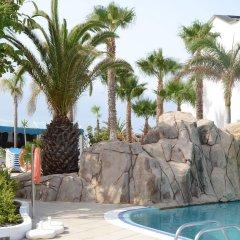 Отель Blue Sea Costa Bastián бассейн