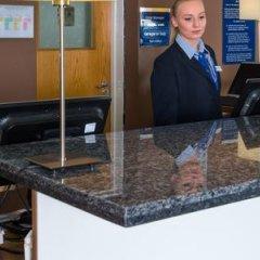 Отель Holiday Inn Express East Манчестер банкомат