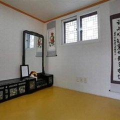 Отель Sitong Hanok Guesthouse Jongno комната для гостей фото 4