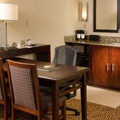 Отель Embassy Suites Bloomington Блумингтон удобства в номере фото 2