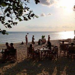 Отель Charm Beach Resort пляж