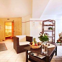 Отель Dusseldorf City by Tulip Inn Германия, Дюссельдорф - 3 отзыва об отеле, цены и фото номеров - забронировать отель Dusseldorf City by Tulip Inn онлайн интерьер отеля