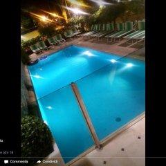 Hotel Montecarlo бассейн