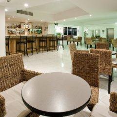Отель Holiday Inn Cancun Arenas Мексика, Канкун - отзывы, цены и фото номеров - забронировать отель Holiday Inn Cancun Arenas онлайн питание фото 2