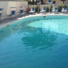 Hotel Orizzonti бассейн