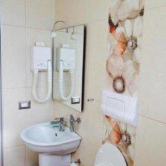 Отель Akropoli Hotel Албания, Голем - отзывы, цены и фото номеров - забронировать отель Akropoli Hotel онлайн ванная