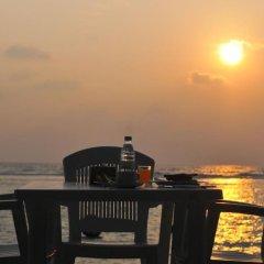 Отель Sunny Suites Inn Мальдивы, Мале - отзывы, цены и фото номеров - забронировать отель Sunny Suites Inn онлайн приотельная территория