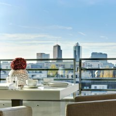 Отель The Mandala Suites Германия, Берлин - отзывы, цены и фото номеров - забронировать отель The Mandala Suites онлайн балкон