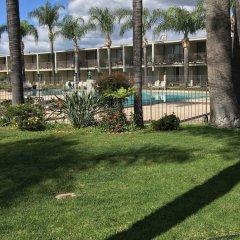 Отель Valley Inn США, Лос-Анджелес - отзывы, цены и фото номеров - забронировать отель Valley Inn онлайн вид на фасад