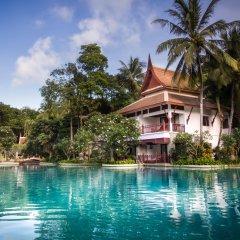 Отель Thavorn Beach Village Resort & Spa Phuket бассейн