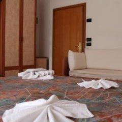 Отель Ben Hur Римини в номере фото 2