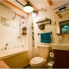 Отель East Inn Китай, Пекин - отзывы, цены и фото номеров - забронировать отель East Inn онлайн ванная