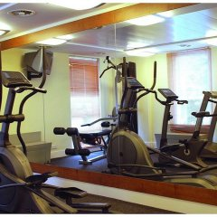 Отель DoubleTree By Hilton London Excel фитнесс-зал фото 2