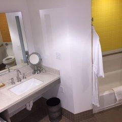 Отель Dream Inn Santa Cruz США, Санта-Крус - отзывы, цены и фото номеров - забронировать отель Dream Inn Santa Cruz онлайн ванная фото 2
