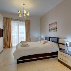 Отель Stunning Seafront Lux Apt wt Pool, Upmarket Area Мальта, Слима - отзывы, цены и фото номеров - забронировать отель Stunning Seafront Lux Apt wt Pool, Upmarket Area онлайн комната для гостей фото 3