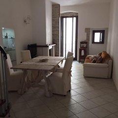 Отель Bel Poggio di Toni B&B Конверсано комната для гостей фото 5