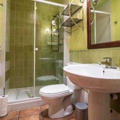 Отель Hostal Dos Rios Испания, Аинса - отзывы, цены и фото номеров - забронировать отель Hostal Dos Rios онлайн ванная фото 2