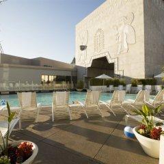Loews Hollywood Hotel бассейн фото 2
