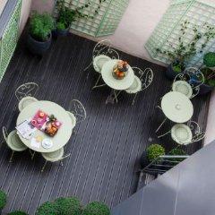 Отель Hôtel De Bordeaux балкон