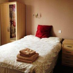 The Brentwood Hotel комната для гостей