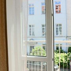 Отель Deluxe Old Town Apartment Литва, Вильнюс - отзывы, цены и фото номеров - забронировать отель Deluxe Old Town Apartment онлайн комната для гостей фото 5
