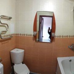 Гостиница Домовой в Усинске отзывы, цены и фото номеров - забронировать гостиницу Домовой онлайн Усинск ванная фото 2