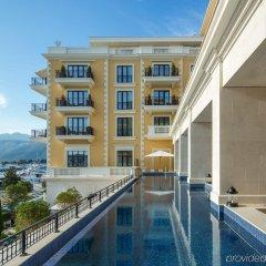 Отель Regent Porto Montenegro бассейн