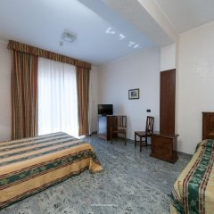 Hotel Residence Arcobaleno Пальми комната для гостей фото 2