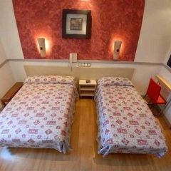 Отель Hostal La Plata комната для гостей